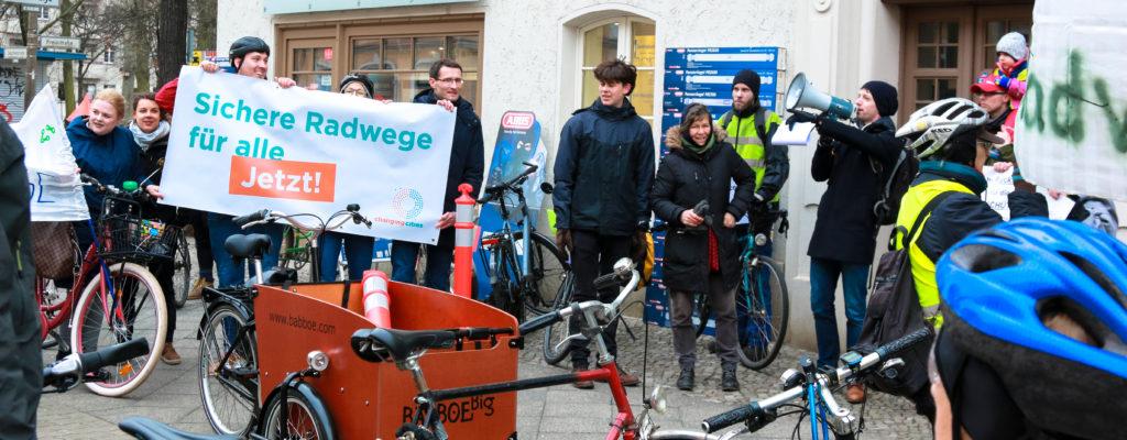 Demonstration für sichere Radwege in der Siegfriedstraße am 15.03.2018